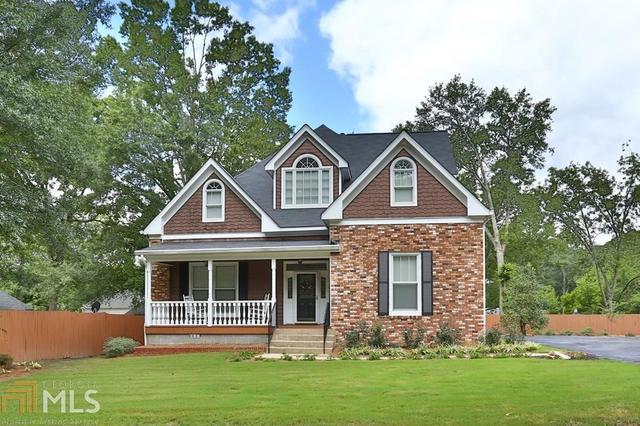 170 Woodlawn Ave, Winder, GA 30680