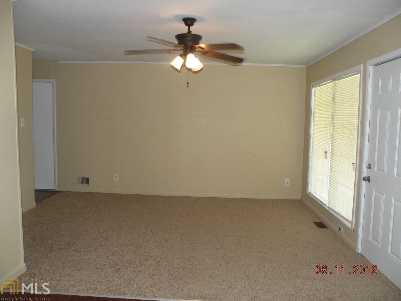 504 Pinecrest Drive, Riverdale, GA 30274