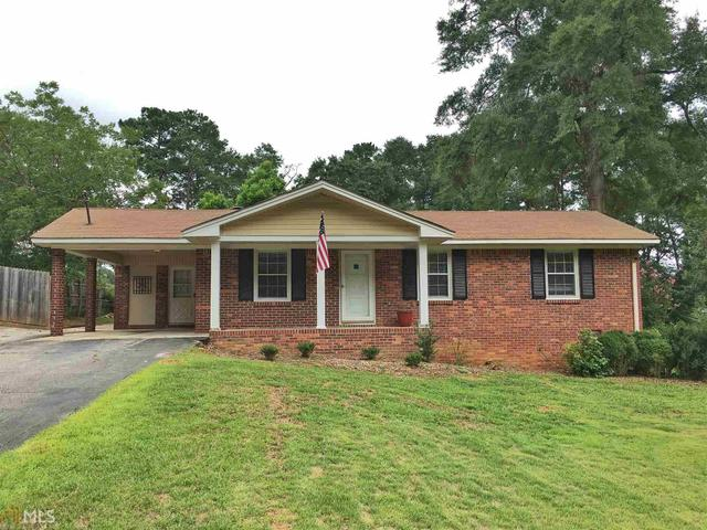 110 Bowen St, Stockbridge, GA 30281