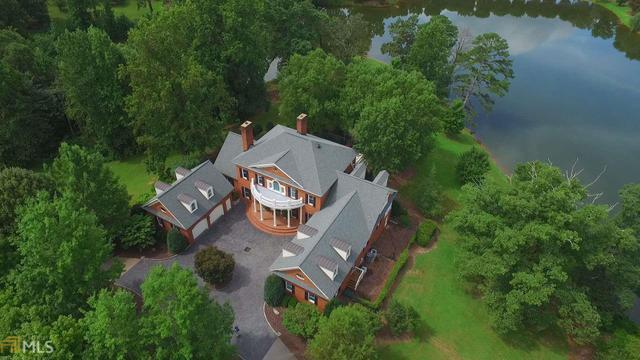 469 Orchard Lake Dr, Clarkesville, GA 30523