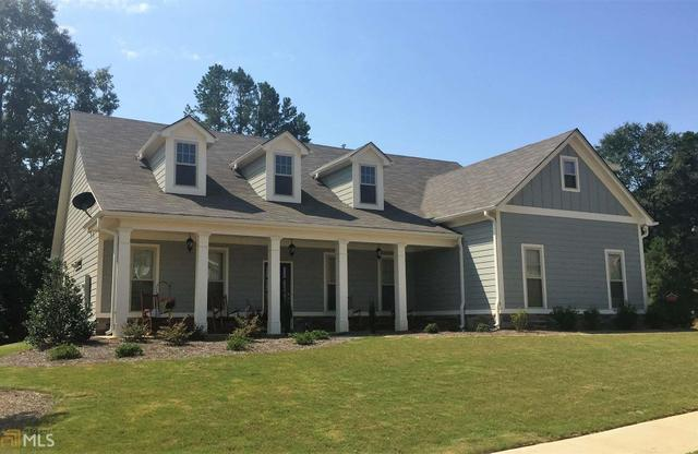 821 Hawkins Creek Dr, Jefferson, GA 30549