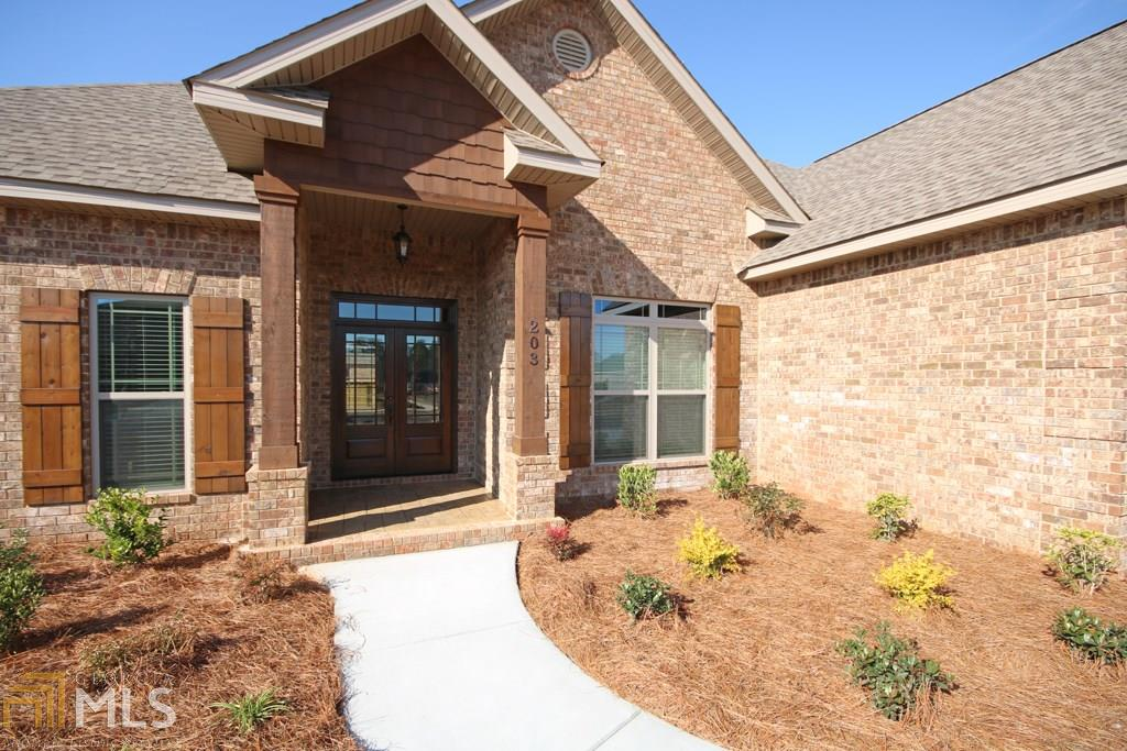 203 Brown Thrasher Lane, Kathleen, GA 31047
