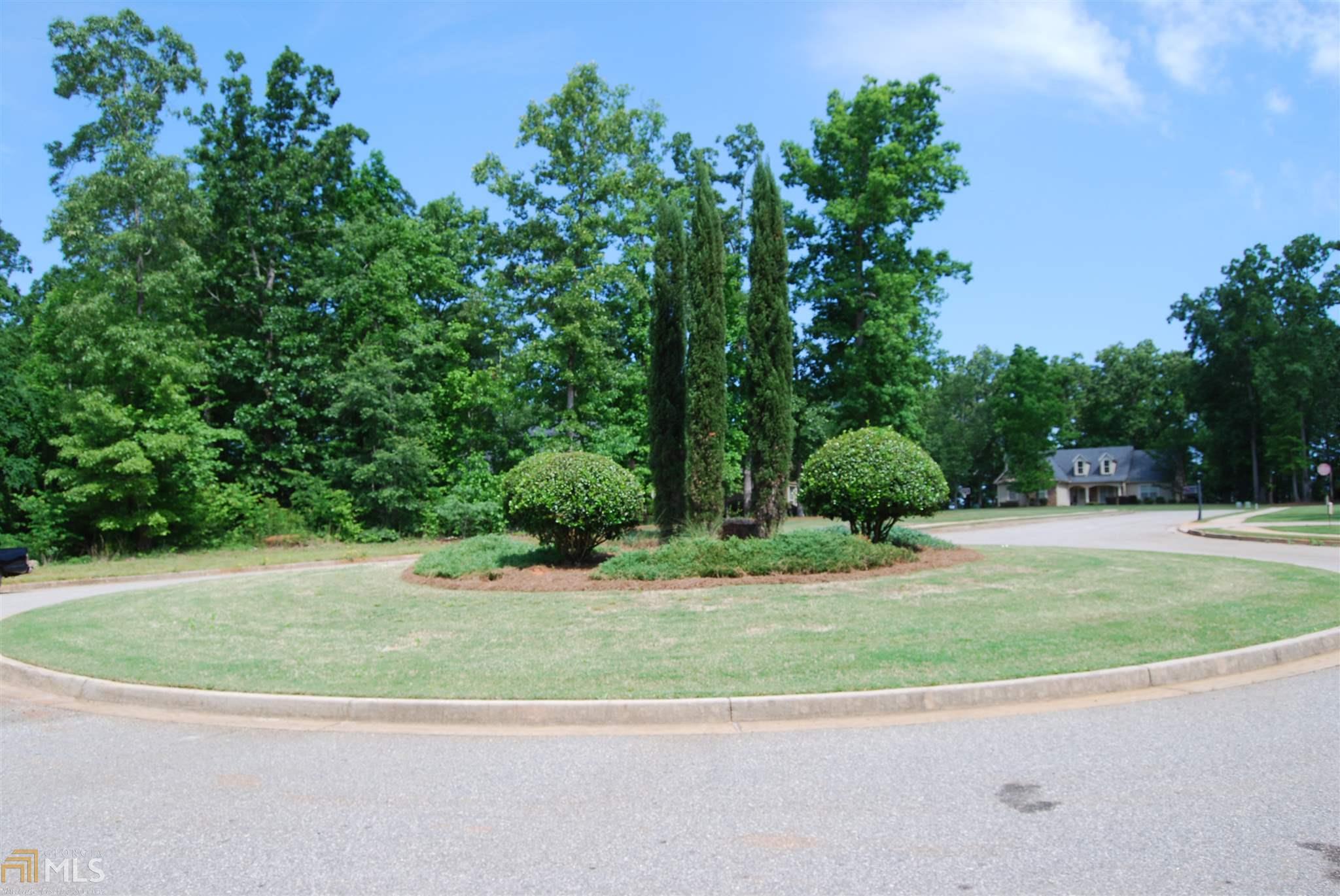 83 Adams Drive, Forsyth, GA 31029