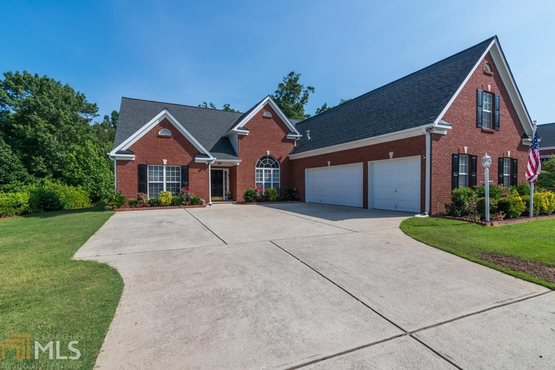 6318 Bluegrass, Flowery Branch, GA 30542