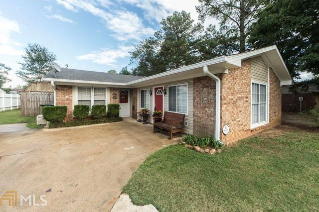 202 Scarborough Rd, Centerville, GA 31028