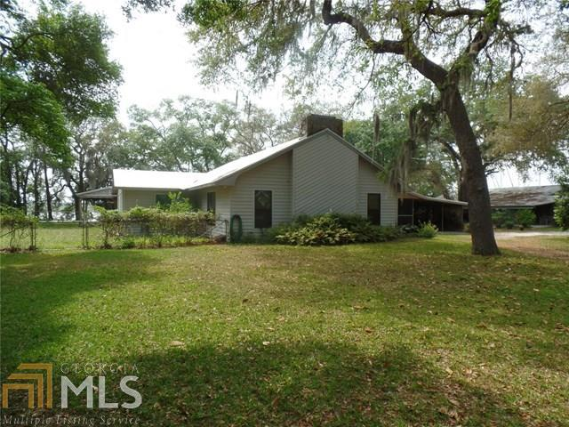 1142 New Point Peter Rd, Saint Marys, GA 31558
