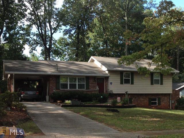2961 Harcourt Dr, Decatur, GA 30033