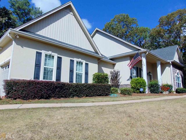 273 Willow Leaf Dr, Buchanan, GA 30113