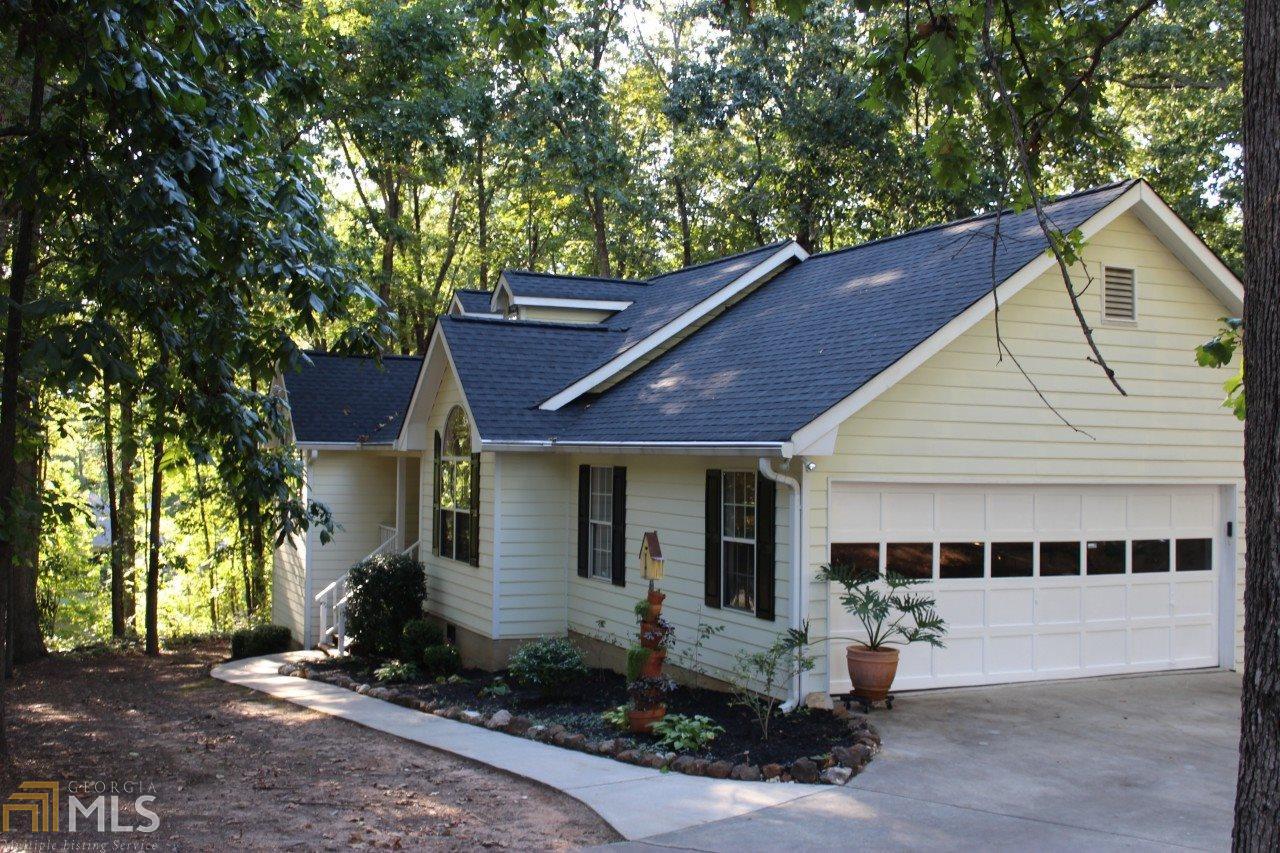 114 Creek View Drive, Hoschton, GA 30548