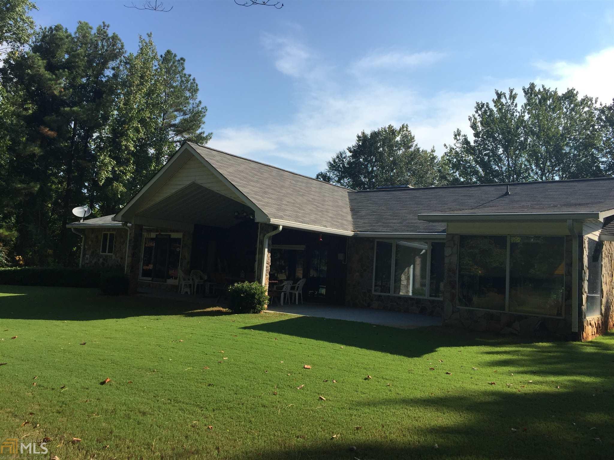 9061 Par Drive, Douglasville, GA 30134