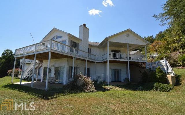600 Lakeview Ln, Hiawassee, GA 30546