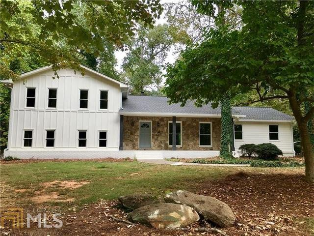 11335 Cranwood Cv, Roswell, GA 30075