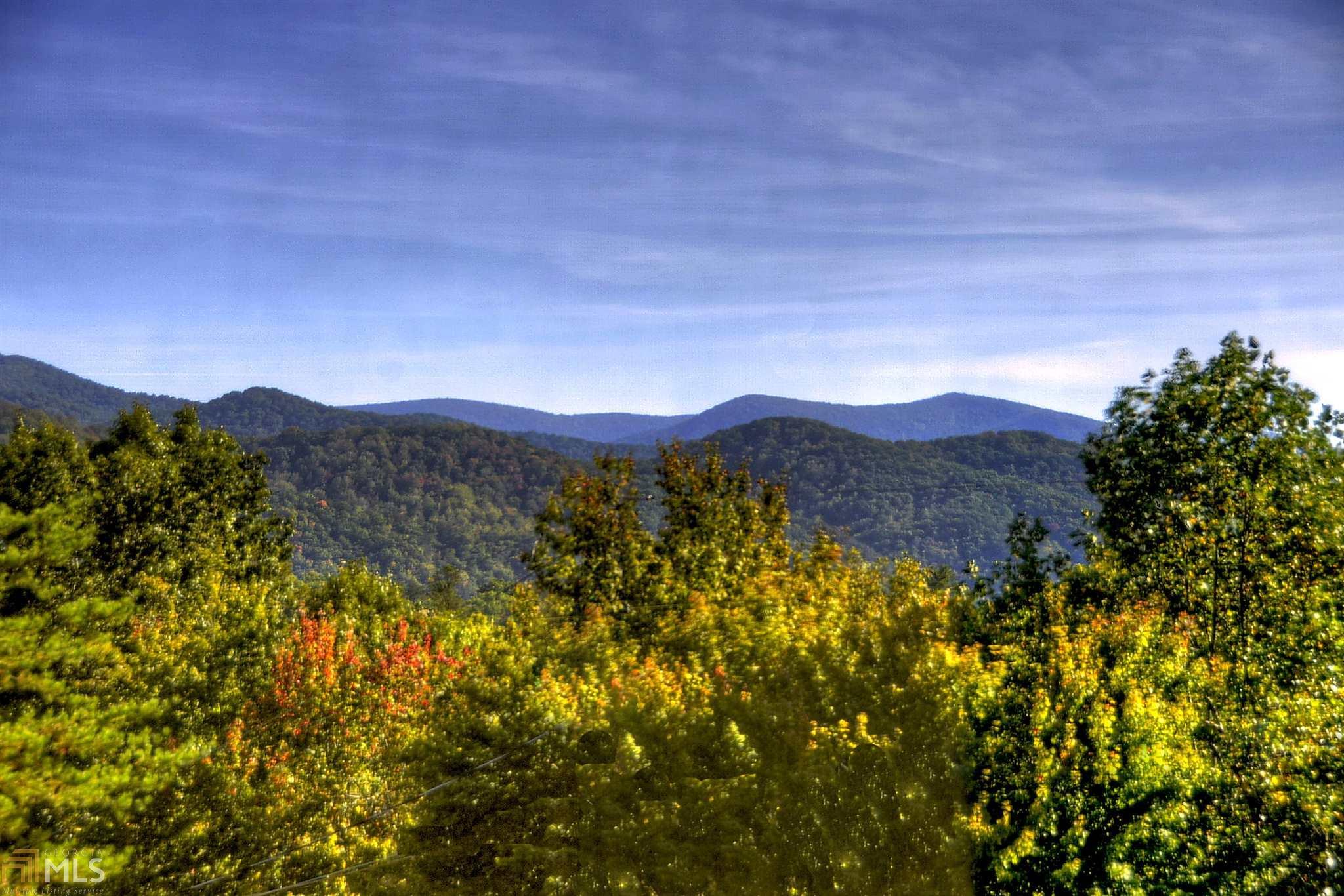 411 Pony Ghost Trail, Blue Ridge, GA 30513