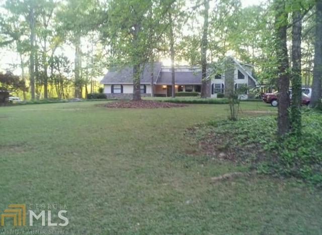 249 Oakhill Dr, Fayetteville, GA 30214