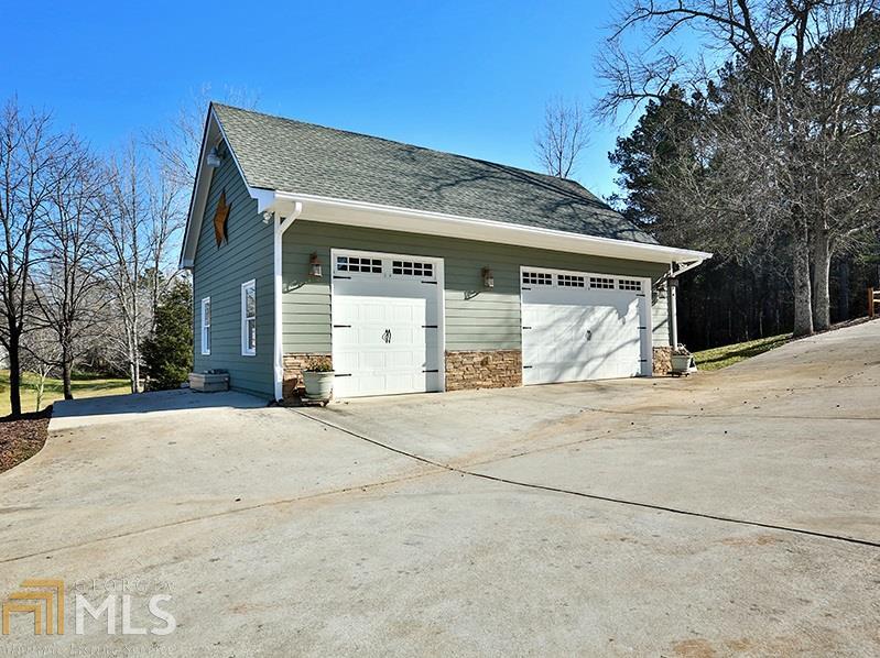 320 Eddie Lee Allen, Grantville, GA 30220