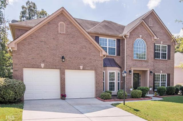 7714 Waterlace Dr, Fairburn, GA 30213