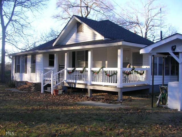 555 Compton Rd, Silver Creek, GA 30173