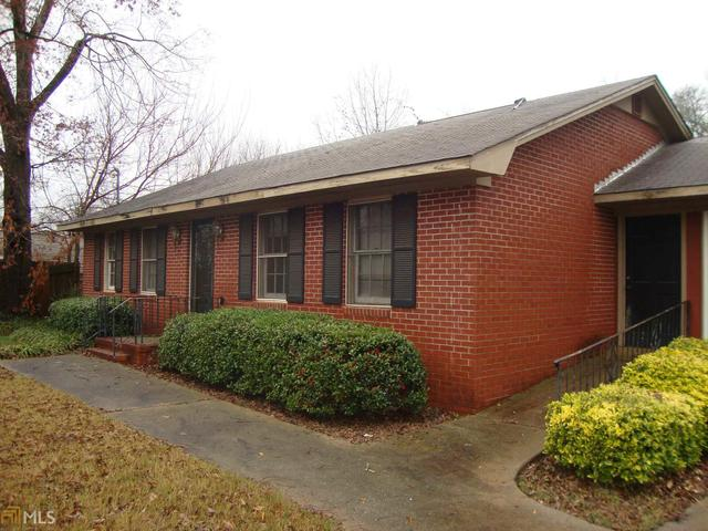 85 Colfax St, Hartwell, GA 30643