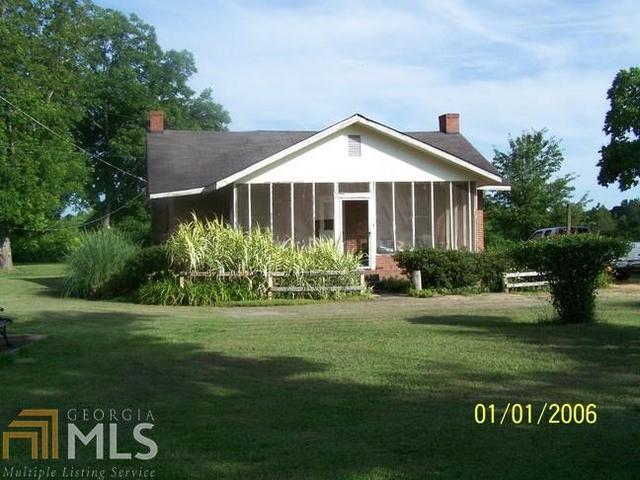379 Gilbert Rd, Thomaston, GA 30286