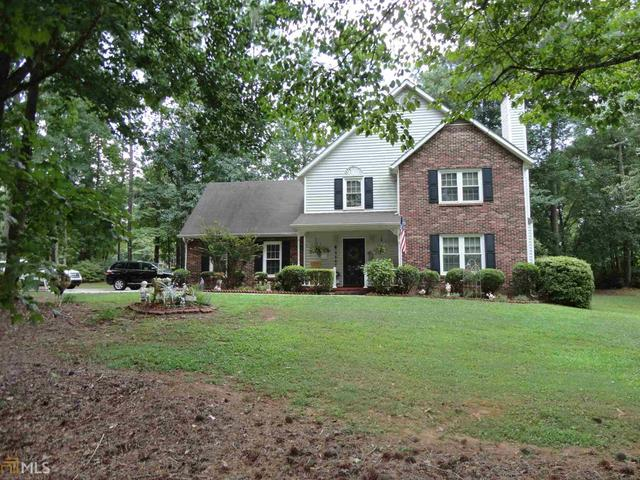 105 Chateau Cir, Fayetteville, GA 30215