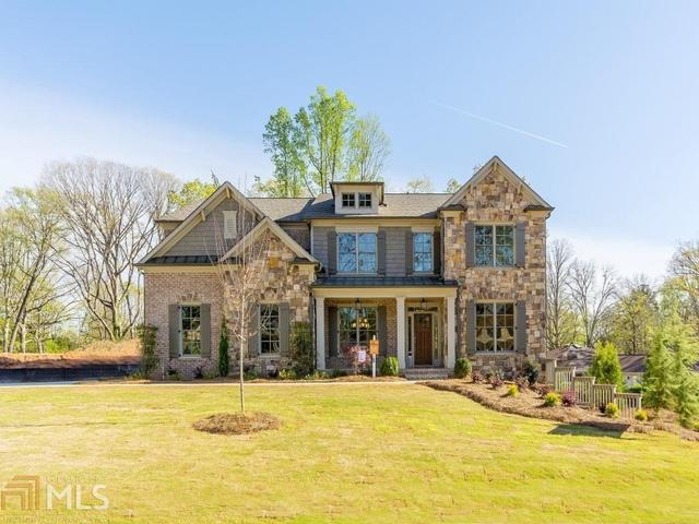 2784 Oak Glen Manor Rd, Decatur, GA 30033