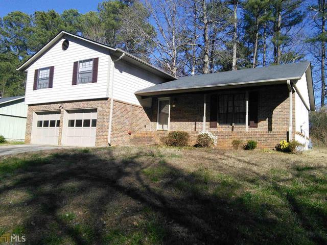 4073 Cedar Ridge Trl, Stone Mountain, GA 30083