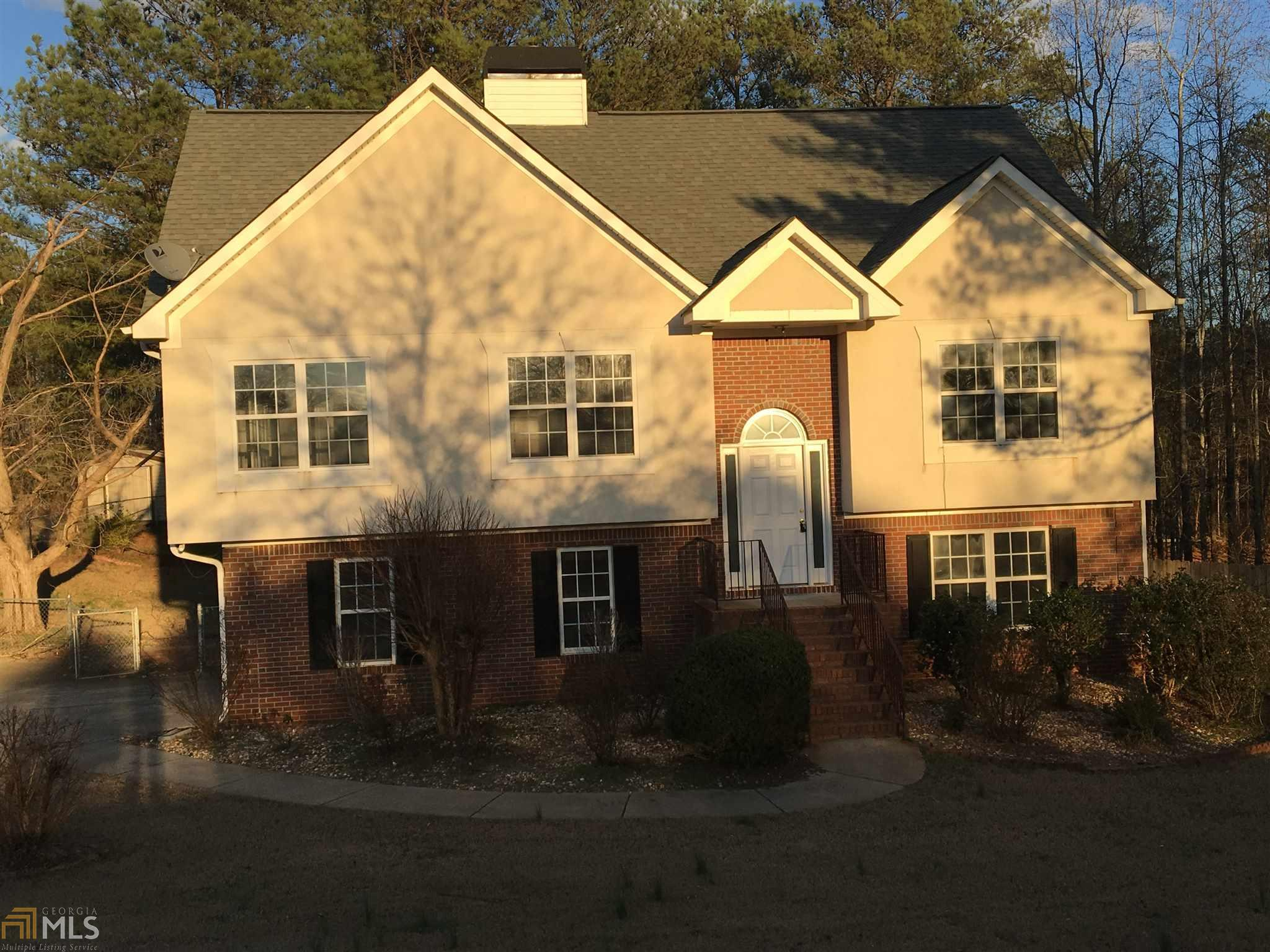 800 Stoneglen Court, Mcdonough, GA 30252