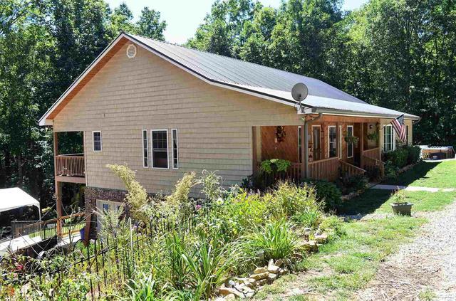 381 Sunset Cir, Blairsville, GA 30512