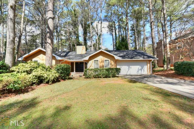 310 Soft Pine Trl, Roswell, GA 30076