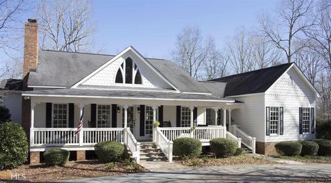 1015 Adams Rd, West Point, GA 31833