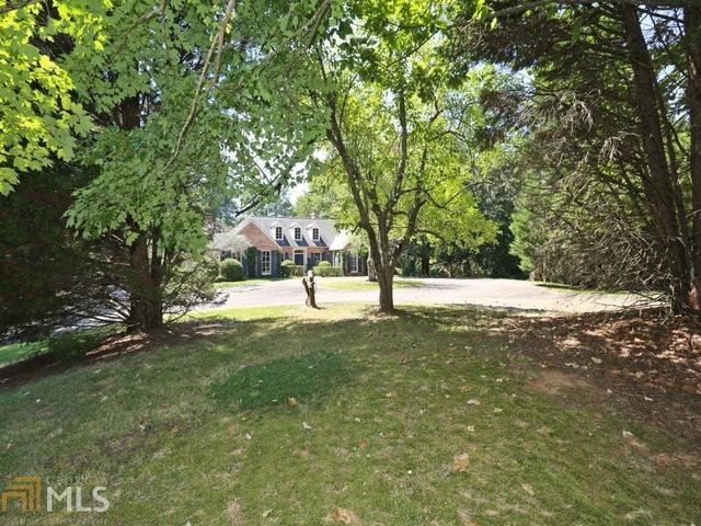 10705 Stroup Rd, Roswell, GA 30076