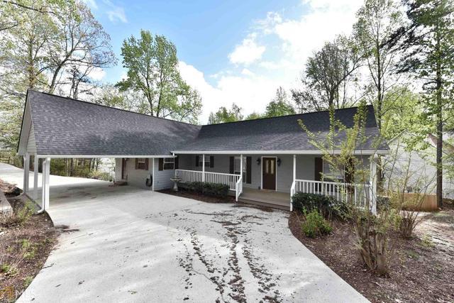 3444 Point View Cir, Gainesville, GA 30506