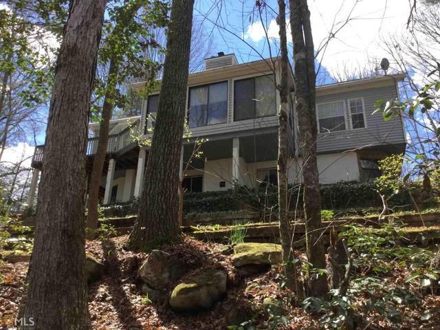 48 Waterfall Dr, Cleveland, GA 30528