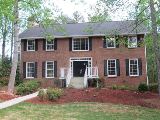 11025 Blackbrook Dr, Johns Creek, GA 30097