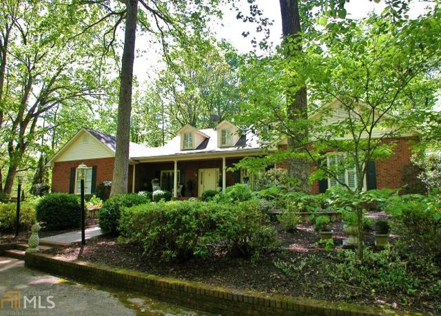 4825 Tomacheche Trl, Gainesville, GA 30506