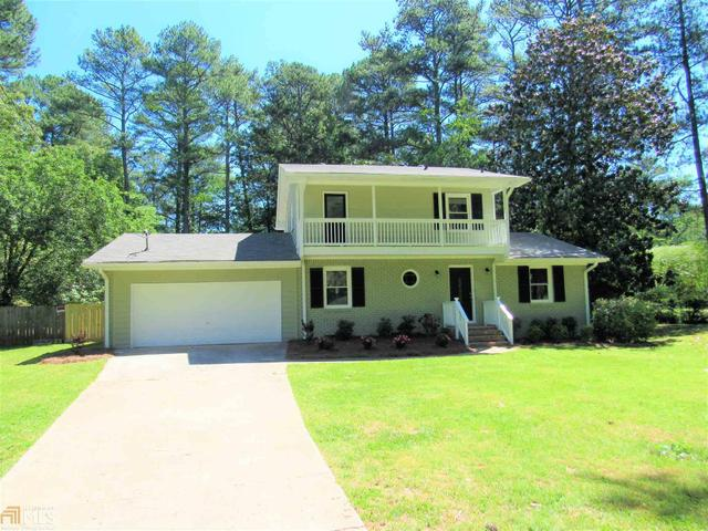 2988 Palm Springs Ct, East Point, GA 30344