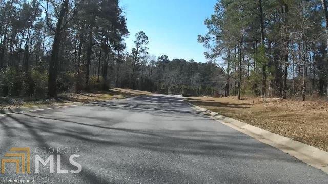 220 Rose Creek Dr, Milledgeville, GA 31061