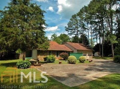 441 Estatohe Cir, Toccoa, GA 30577
