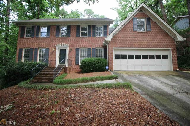 2829 Thornridge Dr, Atlanta, GA 30340