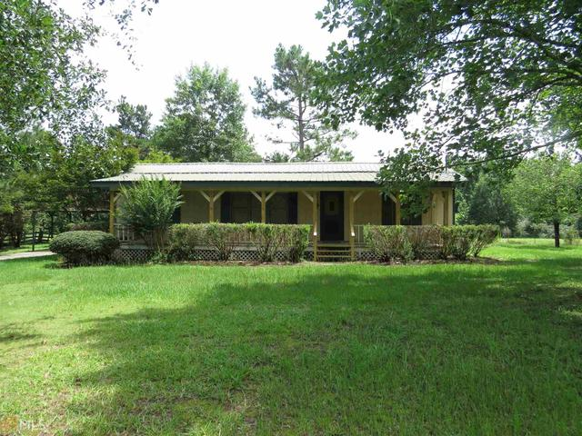 424 Williams CirGay, GA 30218
