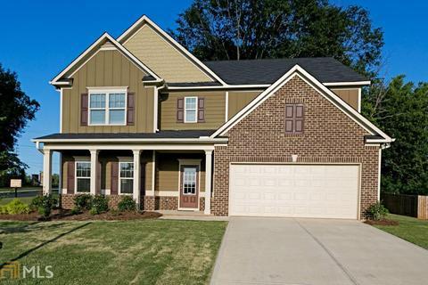 121 Brooks Cir, Hampton, GA 30228