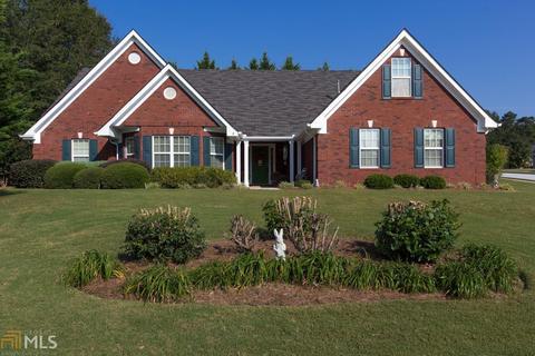 301 Cold Harbor Dr, Loganville, GA 30052