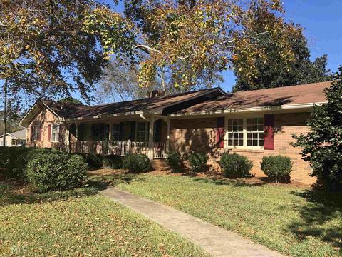 Enjoyable 699 East Ave Madison Ga 35 Photos Mls 8486821 Movoto Home Interior And Landscaping Spoatsignezvosmurscom