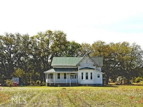348 Lennies Pond Rd, Ellabell, GA 31308