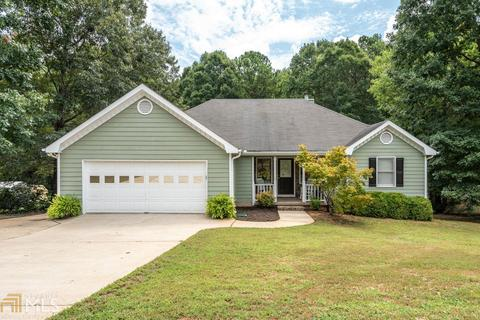 135 Creekstone Ct, Covington, GA 30016