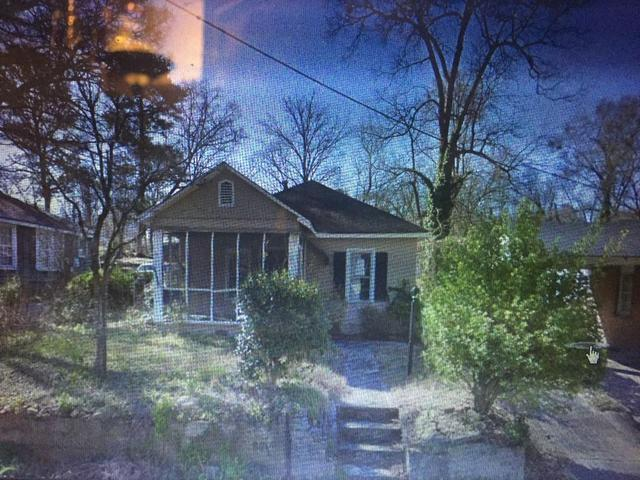 1666 NW Thoms Dr NW, Atlanta, GA 30318