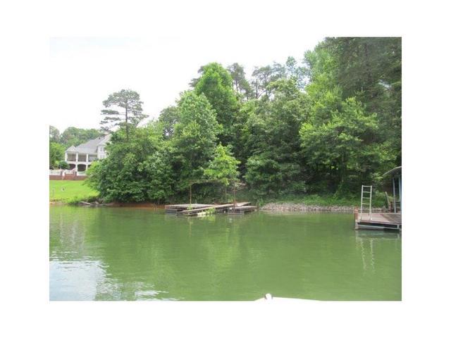 3157 Gulls Wharf Dr, Gainesville, GA 30501