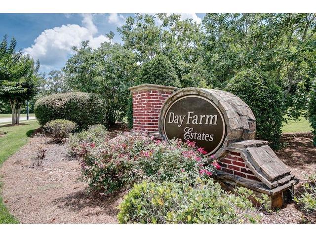 5938 Manor View Ln, Flowery Branch, GA 30542
