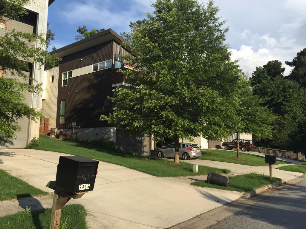 2450 Lake Drive SE, Atlanta, GA 30316