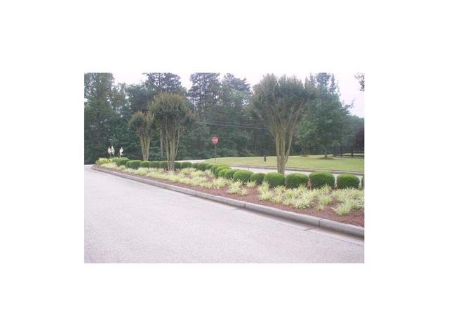 4070 Summerhill Dr, Gainesville, GA 30506